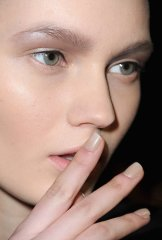 Thin-Black-Eyeliner-Alexander-Wang