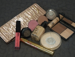 Naked 3 Look 072